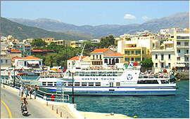 Agios Nicolaos: Port and Dikti mountains